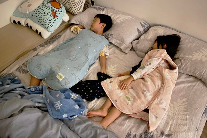 [啾團] WOW韓國三層紗防踢背心對抗愛踢被小孩!不夠暖還可以加內膽的超強防踢被