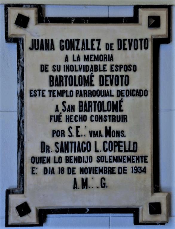 Placa Juana Gonzalez san bartolomé