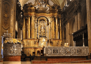 Los retablos mayores de las iglesias coloniales