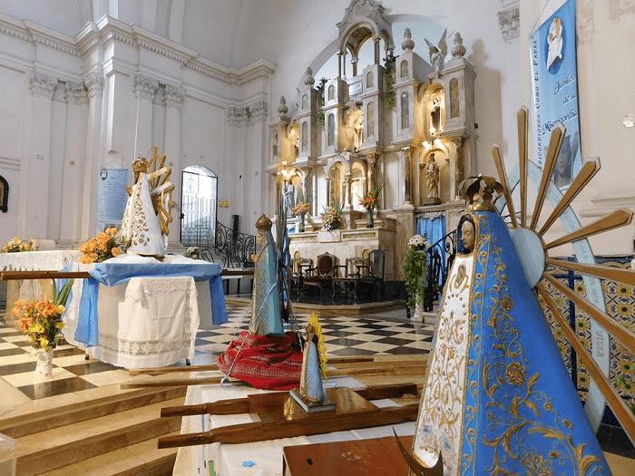 Virgenes de lujan en lujan porteño.png