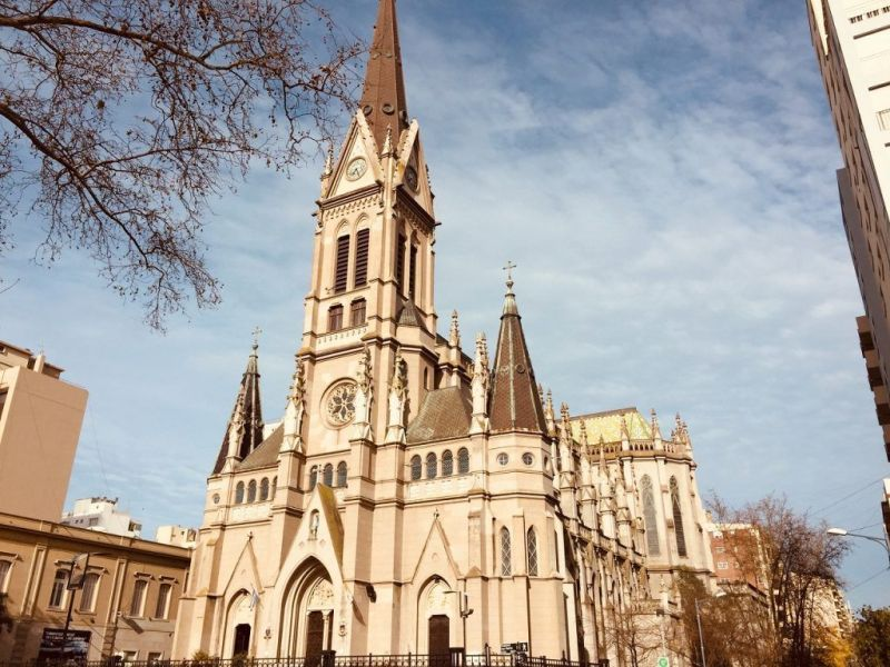 vista de la catedral de mar del plata