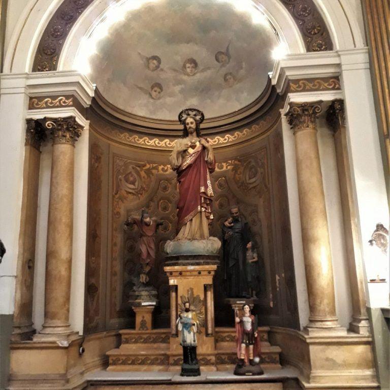 Altar lateral del Sagrado Corazón de Jesús Capilla Hospital Español
