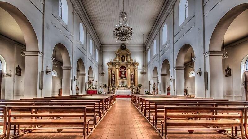 Parroquia San Miguel Arcángel en Monte