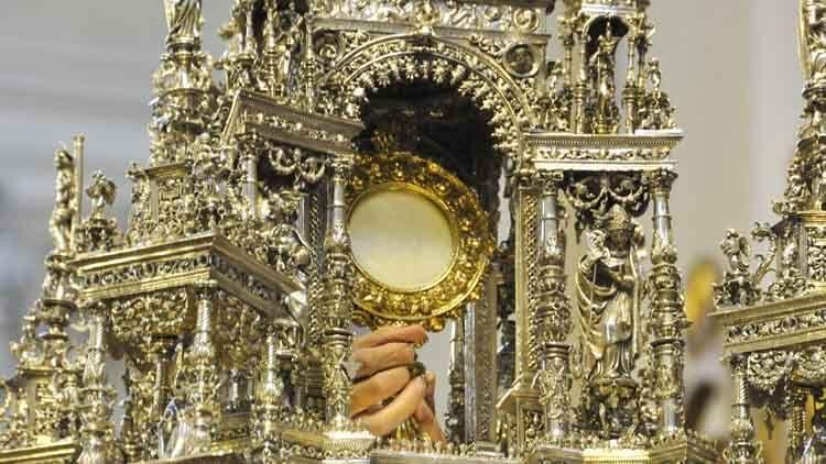 El Corpus Christi o Solemnidad del Cuerpo y la Sangre de Cristo, es una celebración de la Iglesia católica que honra el santo sacrificio de Jesucristo