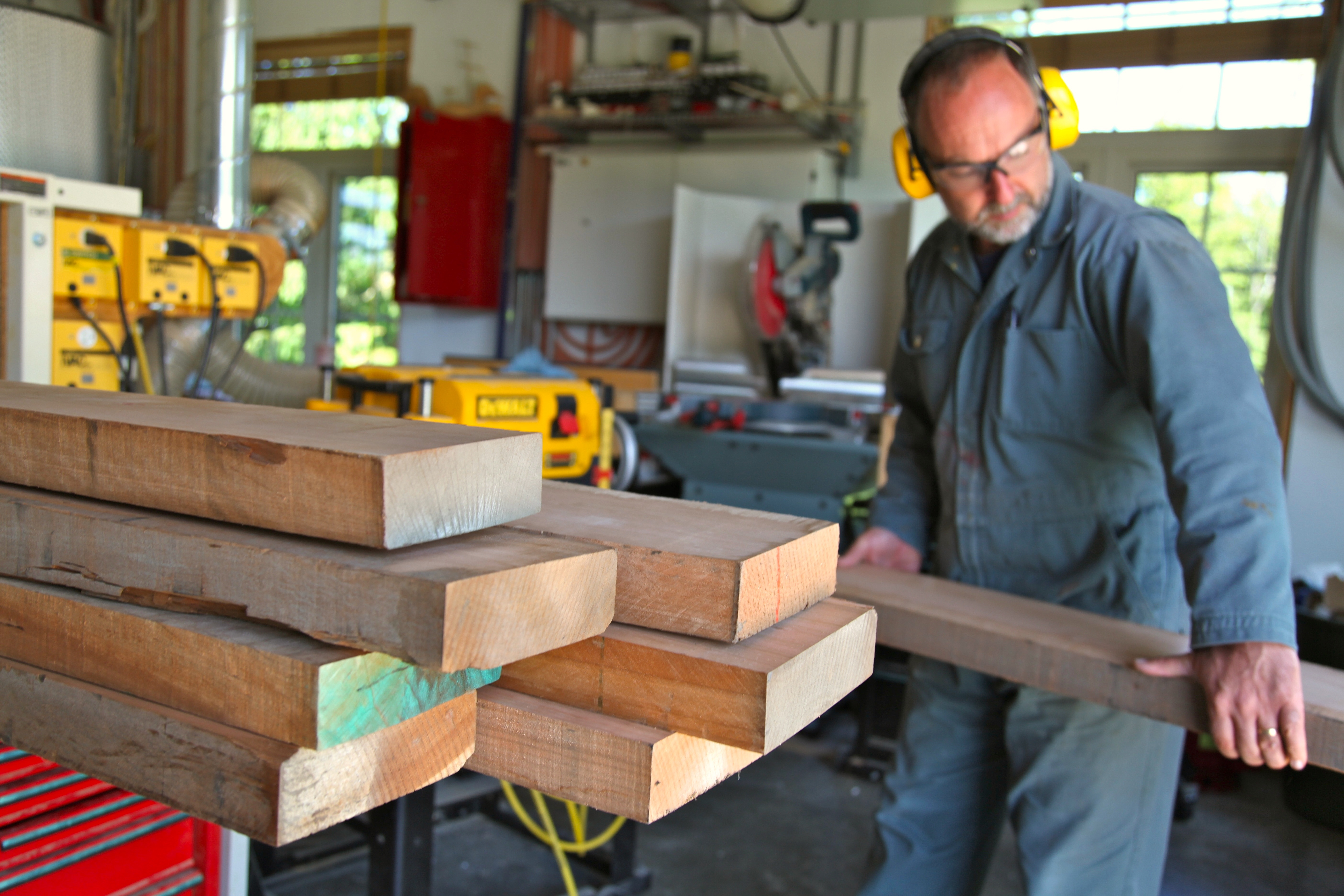 How To Keep Fresh Cut Wood From Cracking