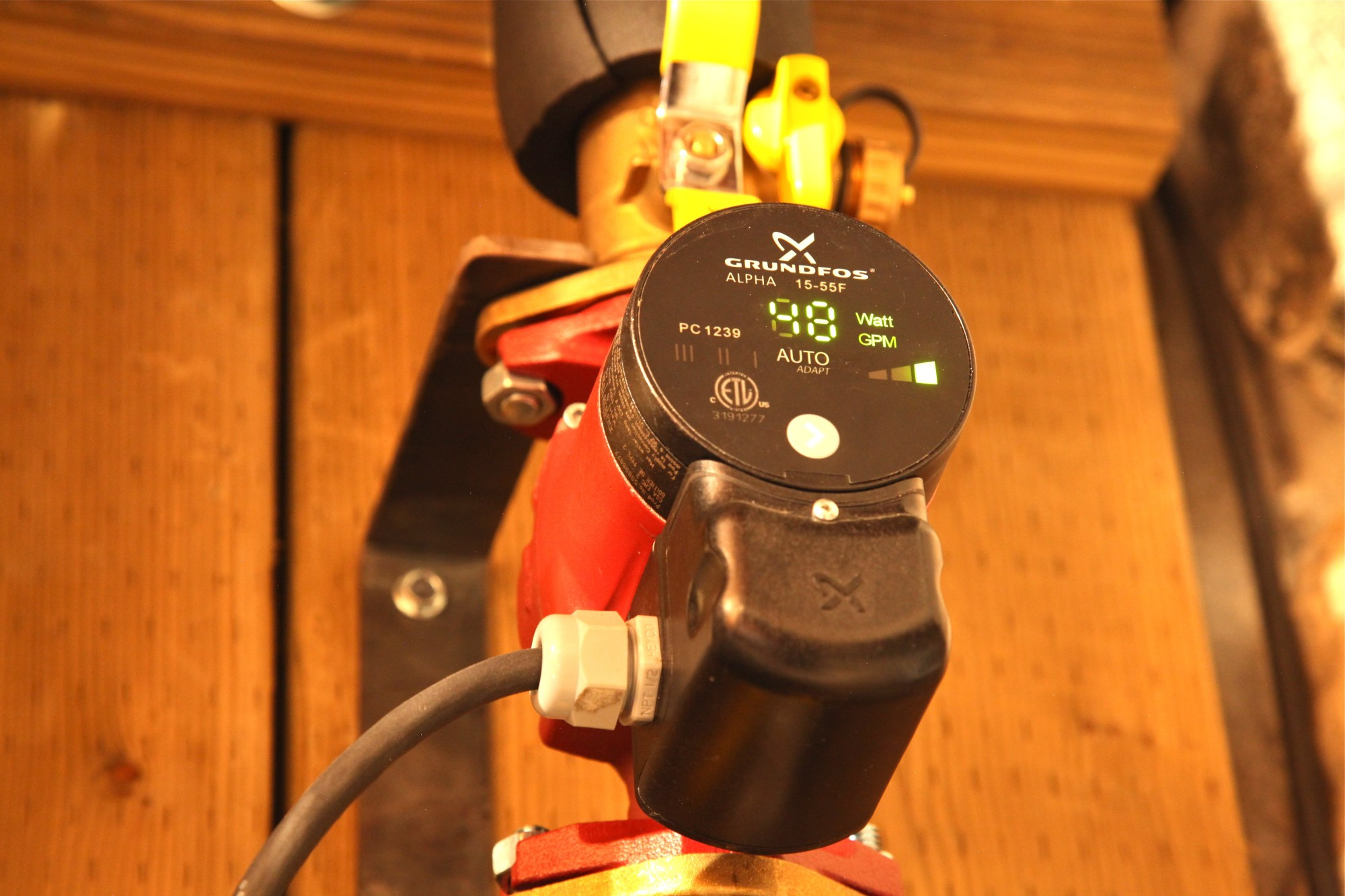 hight resolution of hydronic heating smart pump
