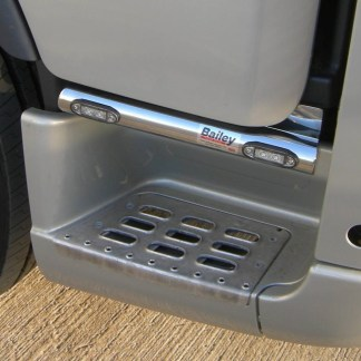 Volvo V2/V3 LED Step Bars