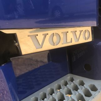 Volvo V4 Illuminated Step Bars