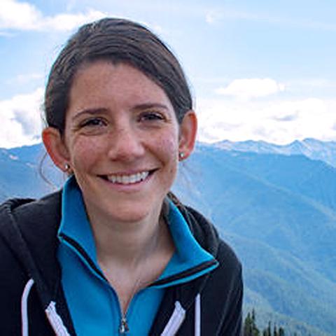 Dr. Erin Wirth