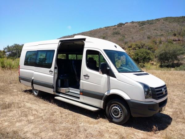 Large 19 passenger van