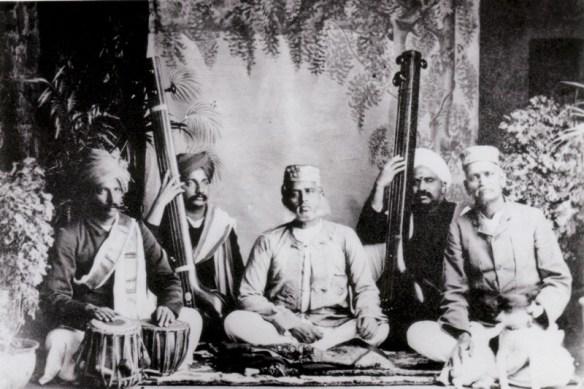 Rahimat Khan with Vishnupant Chhatre