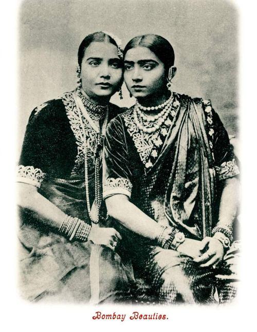 Badi Malka Jan and Gauhar Jan