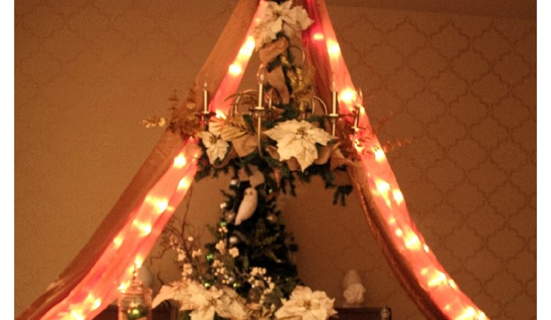 Holiday Dining Room Decor: With Video Tutorial
