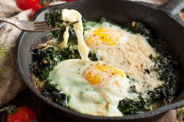 espinaca con huevos