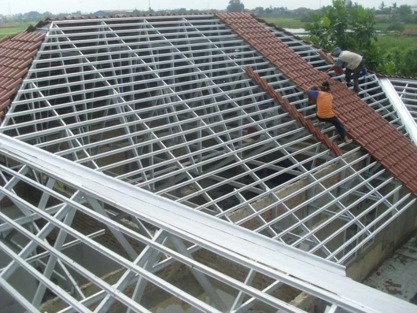 rangka atap baja ringan model limas tukang 081319133263