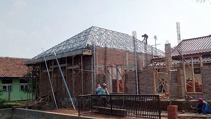 gambar rangka atap baja ringan limasan model di citarik jatireja cikarang
