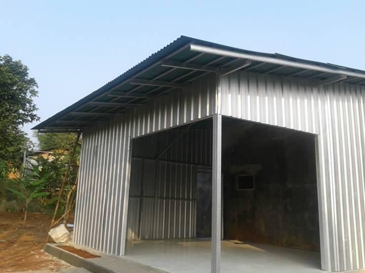 rangka atap baja ringan yang paling bagus perbandingan harga pemasangan kayu vs ...