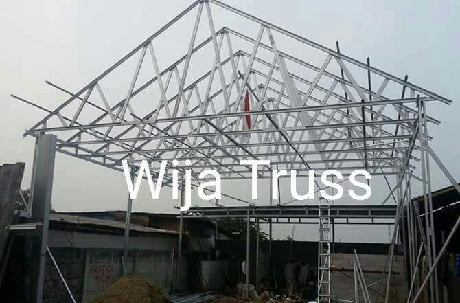 rangka baja ringan minimalis bentuk atap rumah wija truss