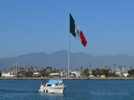 Paseo en Barco en la Bahía de Ensenada, Baja California.