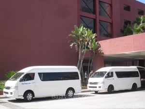 Transporte en Vans Toyota Hiace 2014, 15 pasajeros en Ensenada, Baja California