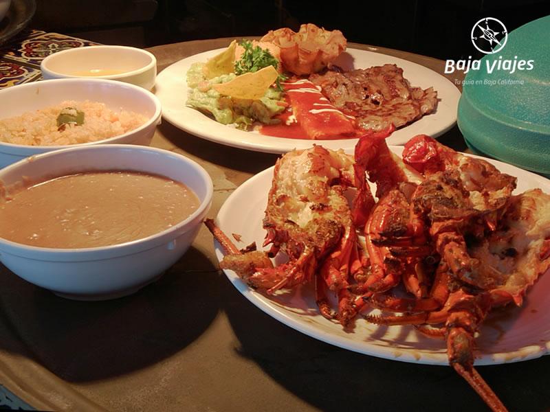 langosta-puerto-nuevo-rosarito-gastronomia-baja-tours-800x600