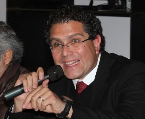 """Totalmente impertinente"" remover a Rogelio Ortega: Ríos Piter"