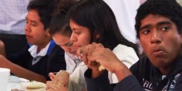 En Acapulco, jóvenes opinan sobre el futuro que les espera con el PRI 6
