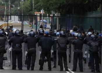 Más de dos mil 500 policías vigilan marcha de maestros 9