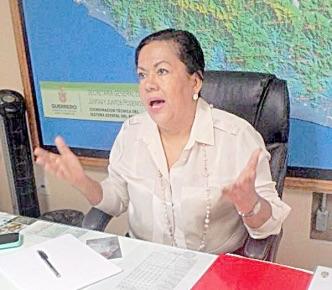Sí habrá boda, dice María Inés aunque no quiera alcalde de Acapulco