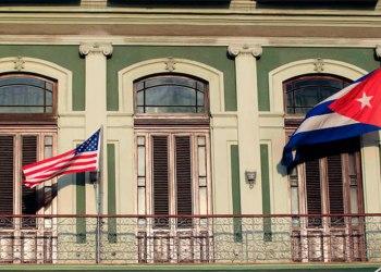 Golpes e insultos en Miami por reapertura de embajada de EUA en Cuba 6