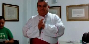 Actuar contra personajes vinculados a la delincuencia, urge arzobispo de Acapulco 6