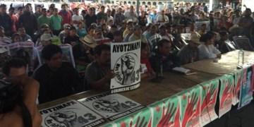 Padres de Ayotzinapa concluyen ayuno de 43 horas 5
