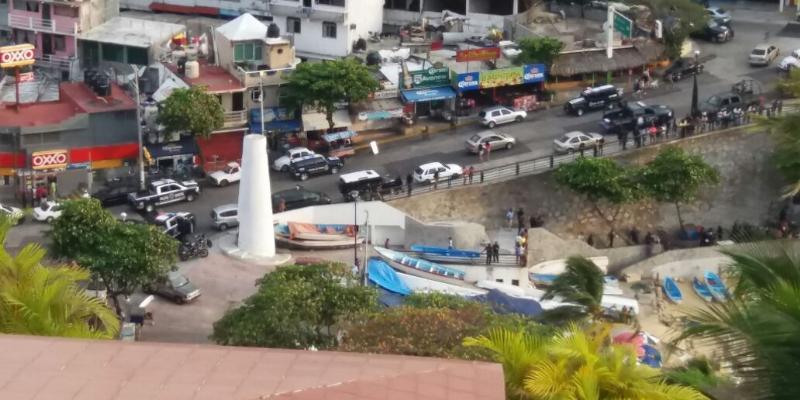 Matan a dos en playa La Angosta de Acapulco; hieren a otro