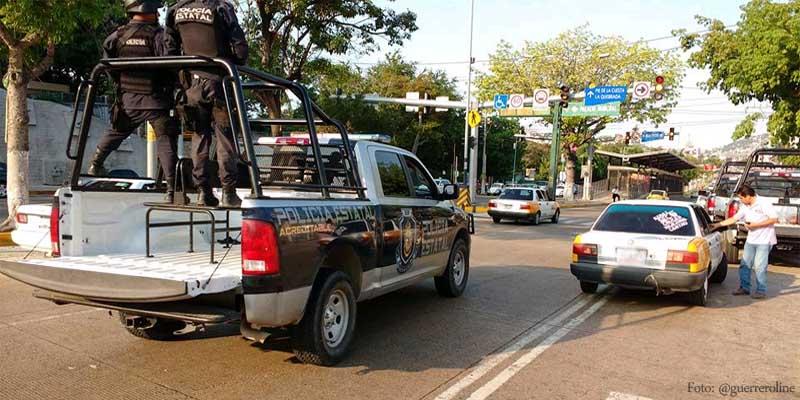 Dejan brazo con mensaje en principal avenida de Acapulco