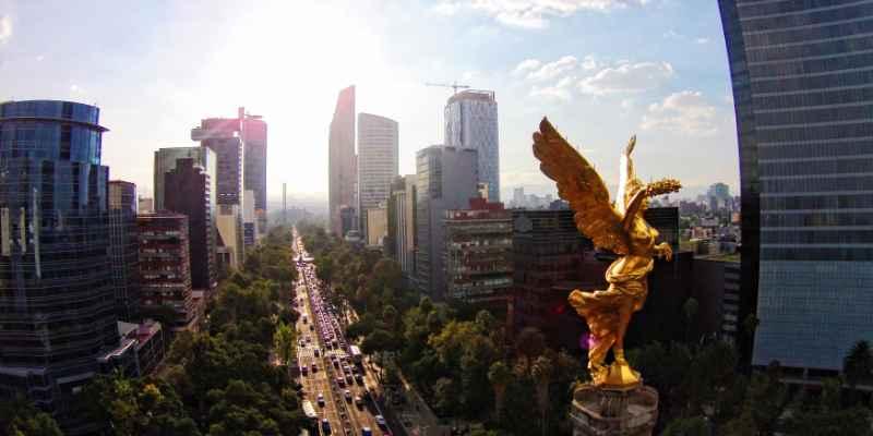 Mexicanos prefieren el acento colombiano y mexicanas el argentino