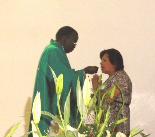 Sacerdote ugandes en Chilapa