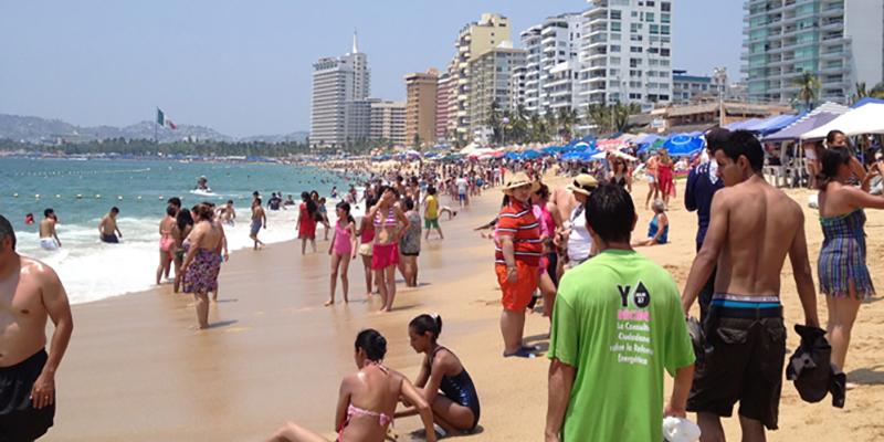 Alcalde y secretario de Turismo buscarán limpiar imagen de Acapulco en EU