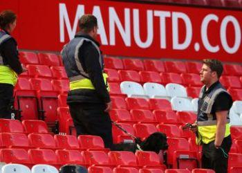 Policía detona paquete sospechoso que obligó a cancelar partido del Manchester United 1