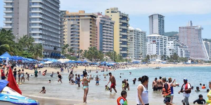 Por mal servicio, restauranteros no atraen clientes: Turismo de Acapulco