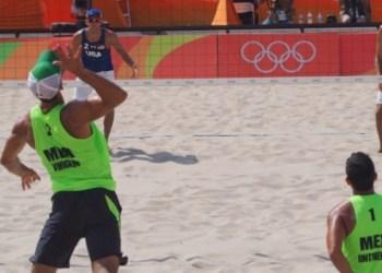 Siguen las derrotas para México, pierde en voleibol playa ante EUA 2
