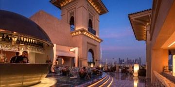 Terrazas de hoteles de lujo que te dejarán con la boca abierta 12