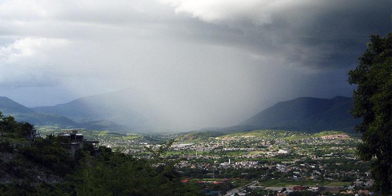 Prevén lluvias en Guerrero por onda tropical 27