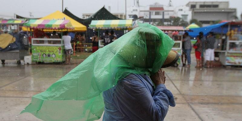 Suspenden clases en Jalisco por tormenta Newton