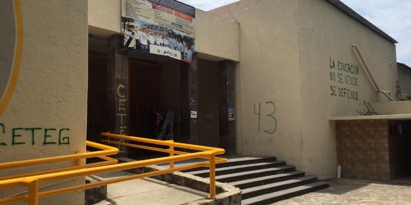 CETEG: pintas, desalojo y toma del ayuntamiento de Acapulco