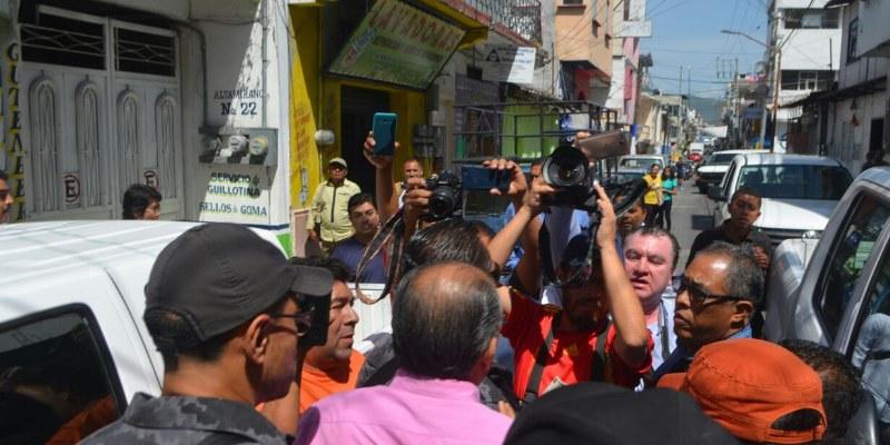 Irrumpe y cierra PGR estación de radio en Chilpancingo