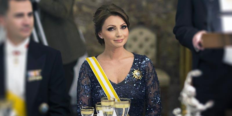 """""""Recicla"""" Angélica Rivera vestido para el Grito"""