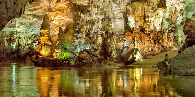 ¡Vamos a dar un paseo por la cueva más grande del mundo!