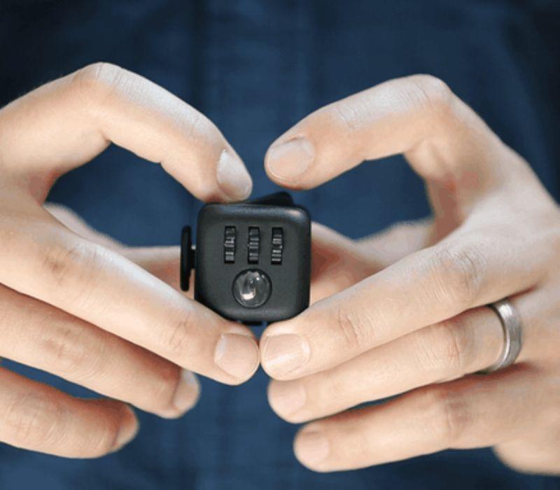 fidget-cube_800x700