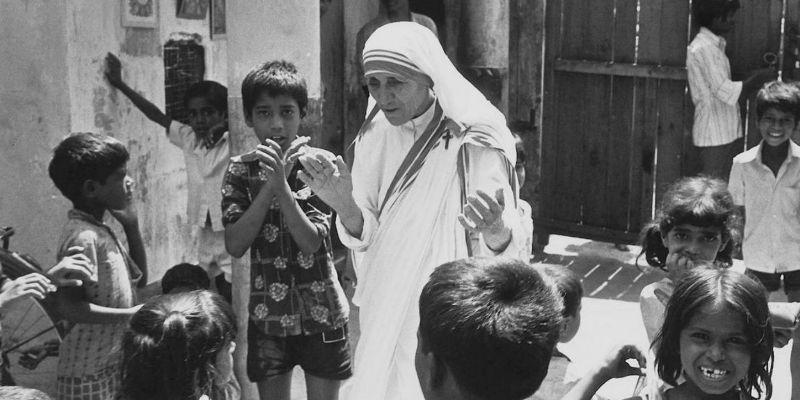 Proclama Papa santa a la Madre Teresa de Calcuta