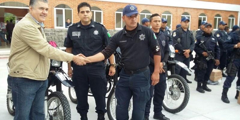 Entregan sólo 5 motocicletas para 119 policías de Chilpancingo